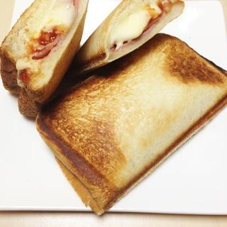 ホットサンド〜ベーコン・チーズ〜