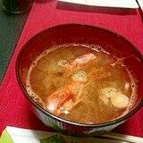 お刺身やお寿司のときのえびの頭のお味噌汁
