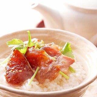 贅沢な一時を「花の鯛茶漬け」(よか魚ドットコム)