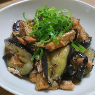 簡単!サバの味噌煮缶となすの炒め物(´ 3`)