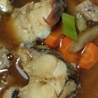 どんこ鍋(味噌、肝、大根、ごぼう、にんじん、ネギ)