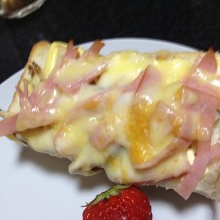 ハムと椎茸のチーズトースト☆