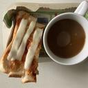 バーグケチャップチーズスティックパン