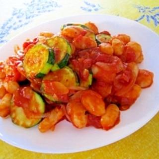 優しい味のニョッキとズッキーニのトマトソース