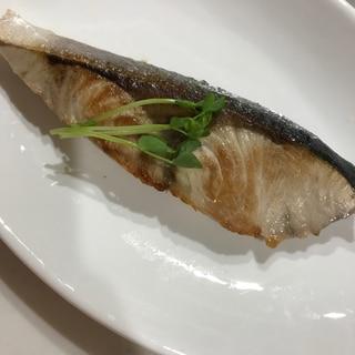 フライパンで!! ハマチの塩焼き ♡