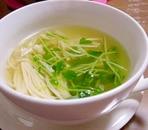 豆苗とえのきのコンソメスープ