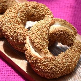 トルコ料理★全粒粉のシミット(ゴマ付きパン)