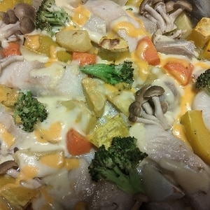 白身魚とチーズのぎゅうぎゅう焼き。