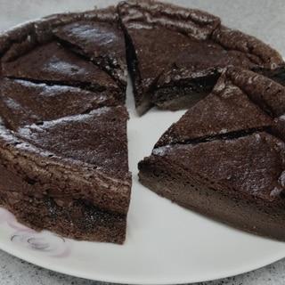 材料2つ!チョコスプレッドでチョコレートケーキ