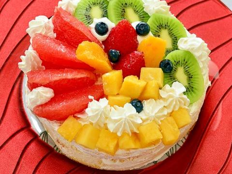 市販のスポンジで♪お祝い事にメープルフルーツケーキ