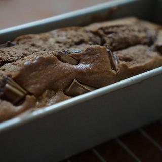チョコとクルミ、相性抜群!チョコパウンドケーキ