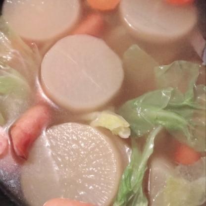 レシピありがとうございました(^-^)!なぜか大根も入っています(笑)野菜のお出汁も出てスープも美味しいので子供達にウケが良かったです!また作りたいです。
