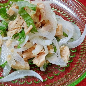 調理時間3分♪ ツナ缶で「タマネギサラダ」