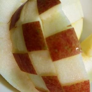 20世紀梨のデコ 市松模様