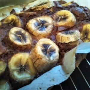 余ったバナナの大量消費に!バナナのスクエアケーキ♪
