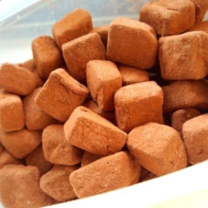 滑らかな舌触りで自分用の高カカオチョコレートはこれで十分だと思いました、次回は刻んだドライフルーツを入れて作ってみようと思います♪