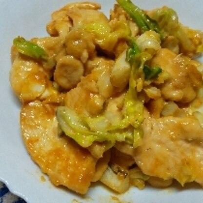キャベツと一緒に炒めました。ご飯が進む味で美味しかったです!