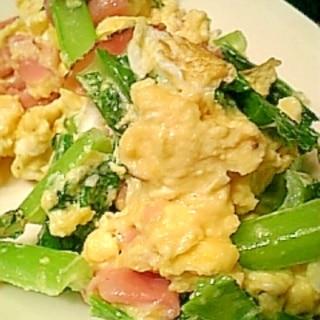 小松菜とベーコンのふわふわ卵炒め♪