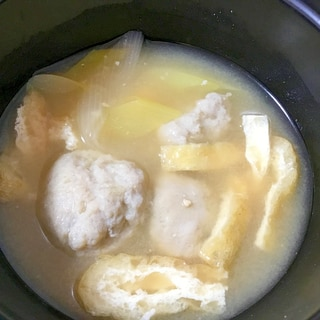 つみれと油揚げの味噌汁