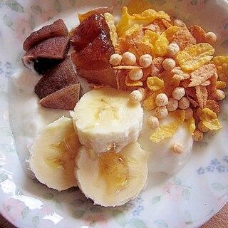 干し柿+バナナ+グラノーラ入りヨーグルト