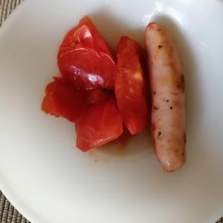 トマトウインナーバター焼き