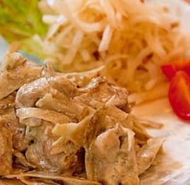 鶏とごぼうの味噌クリーム煮