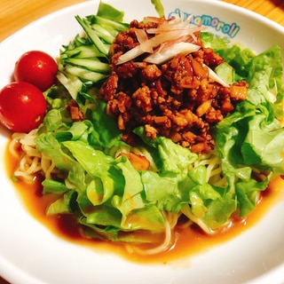 市販の冷やし中華で、冷やし担々麺。