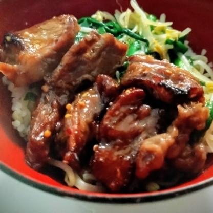 肉と野菜の味付けを別々にすることで味のバランスが良くていくらでも食べられそうです。満足度の高いメニューだと思います。
