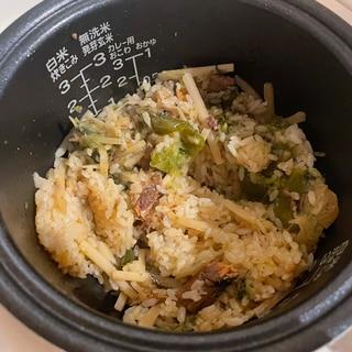 お弁当におすすめ!鯖缶の炊き込みご飯