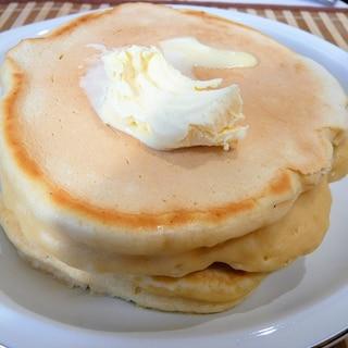 簡単、薄力粉で分厚いパンケーキ
