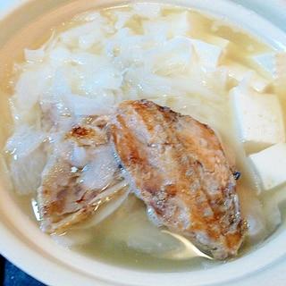 鮭のあらで作る鍋物