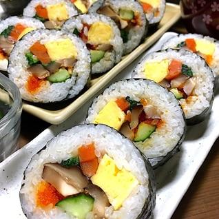 太巻き寿司です☆おウチにある具材で作れるお手軽版♪