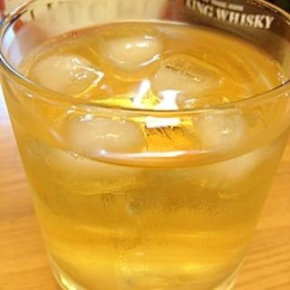 おウチでカクテル気分☆ウイスキーとライチのお酒♪♫