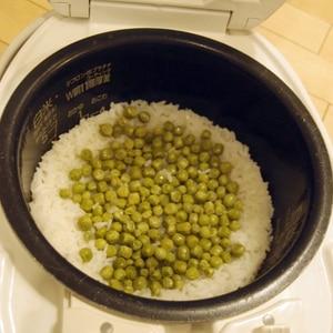えんどう豆(うすいえんどう)の豆ごはん
