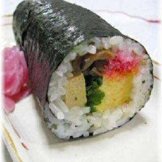 節分の恵方巻き(巻き寿司)