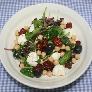 簡単☆ヘルシー腸活☆ドライトマトでひよこ豆のサラダ