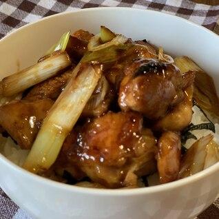 市販のタレを使った焼き鳥丼