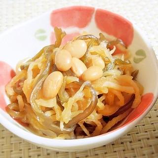 切干大根と大豆・茎わかめの煮物