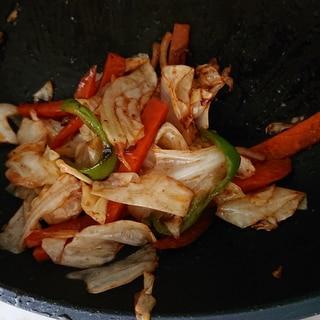 オタフクソースで簡単野菜炒め