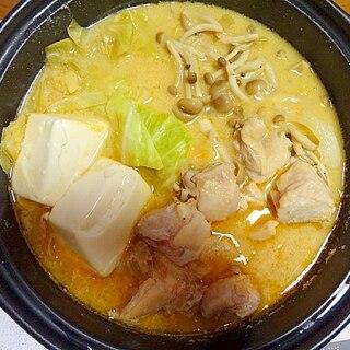 簡単おいしい!トムヤム豆乳鍋