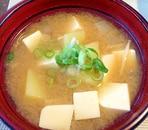 豆腐とえのきのお味噌汁