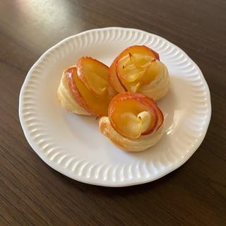 可愛いバラのアップルパイ