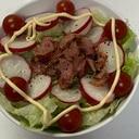ベーコンミニトマト赤かぶレタスマヨネーズがけサラダ