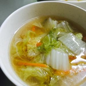 野菜の甘さを実感!白菜とにんじんのとろみ中華スープ