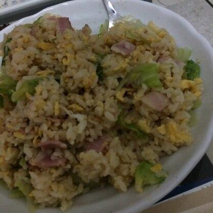 作ってみました。レタスの食感が良く、とても美味しかったです。レタスの良い活用法をご紹介頂き、ありがとうございました。