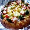 市販のピザも残り物サラダで、即行ピザ屋さん♪