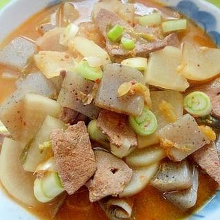 豚レバーと大根こんにゃくの味噌キムチ煮