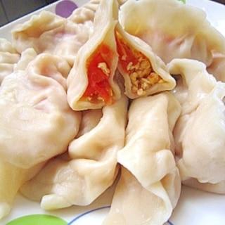 トマトとたまごの水餃子(西紅柿鶏蛋餃子)