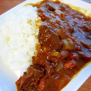 コク旨☆肉がやわらか牛すじカレー(^_-)-☆