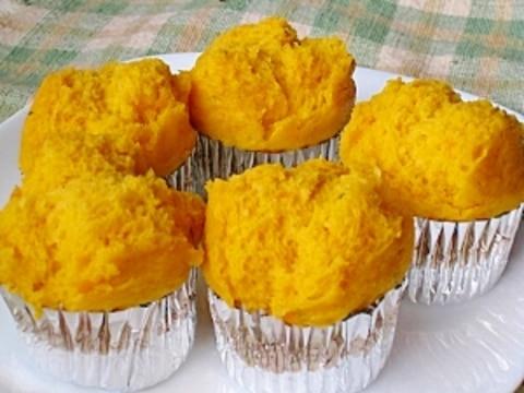 HMで簡単ふっくら かぼちゃの蒸しパン
